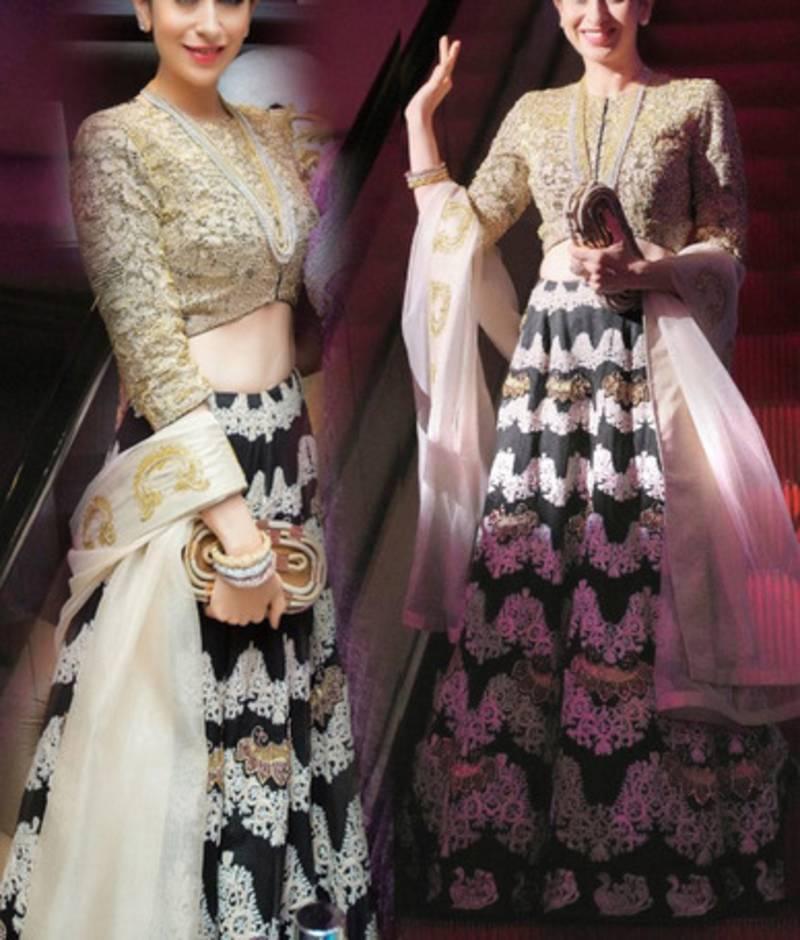 405917385c Black with Embroidery heavy thread work karishma kapoor Semi Velvet ...