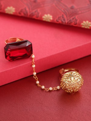 Red coloured stone rings