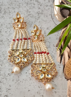 Gold-Plated  pearl Chandelier Earring