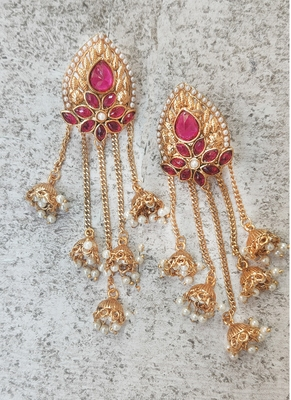 Gold Plated Stylish Pearl Jhumka Traditional Earrings