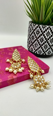 Gold Plated Kundan Classic Earrings