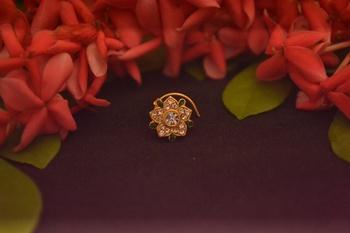 Designer Diamond Classic Green Nose Pin or Nose ring