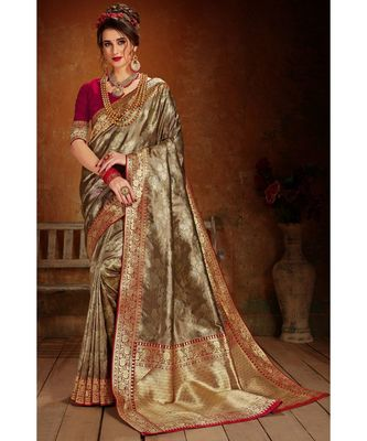 Gold woven blended silk kanchipuram saree with blouse