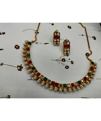 Multicolor stone studded necklace sets
