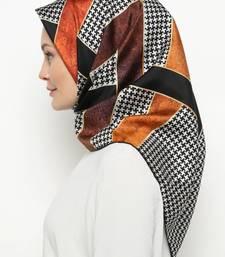 Women'S 110*110 Cm Printed Satin Silk Square Hijab Scarf