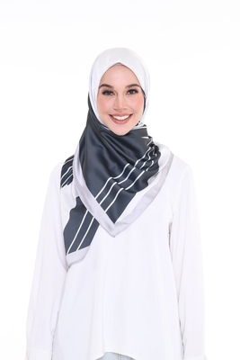 Women'S Casual Wear Satin Silk Printed Square Scarf Hijab