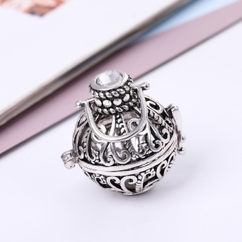 Beige cubic zirconia pendants