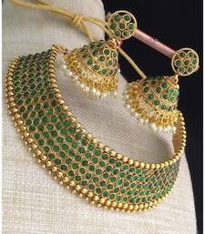 Green Stone Antique Kempu Choker Necklace Set