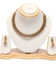 Golden choker necklace set with earrings