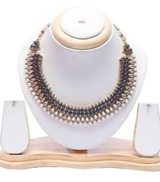 Royal blue kundan and pearl choker necklace