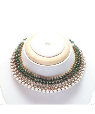 Green and white kundan choker necklace