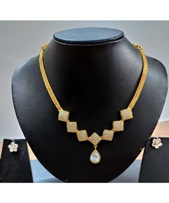 White diamond necklace set
