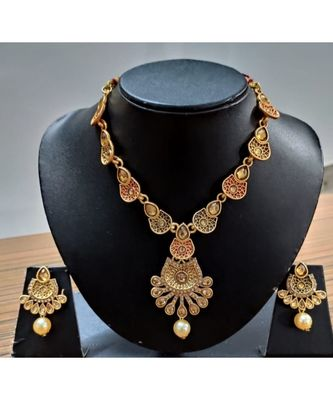 kundans gold plated necklace set