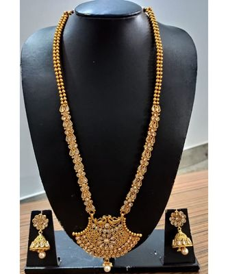 Georgeous gold plated Kundans necklace  set