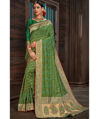 Beautiful emerald green banarasi bandhej fusion saree with blouse