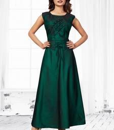 Green embroidered satin long-kurtis