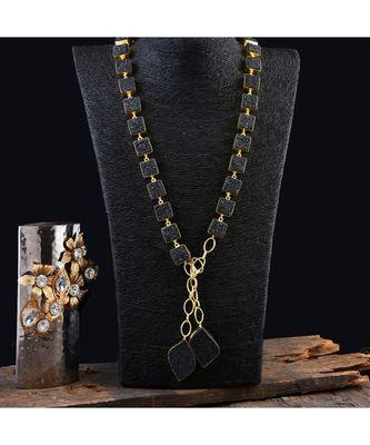black beautiful smart look designer fashionable unique style scarf necklaces