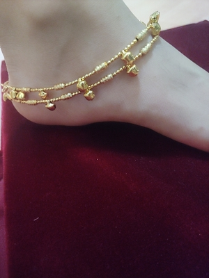 Gold Toned Ghungroo Anklet