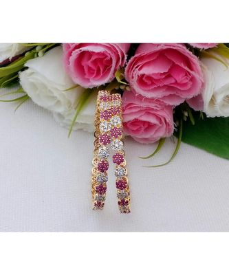 Elegant Desinger CZ / Ruby Bangle