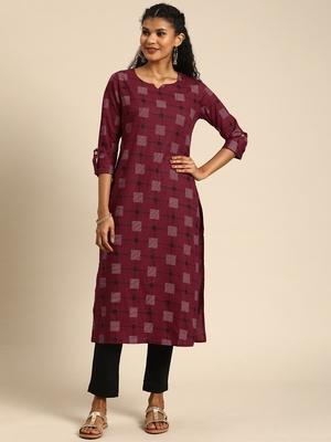 Blissta Women's Cotton Printed Straight Kurti(Maroon)