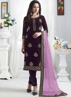purple Velvet Pakistani Salwar Kameez