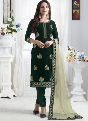 Green Velvet Pakistani Salwar Kameez