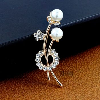 Pink pearl brooch