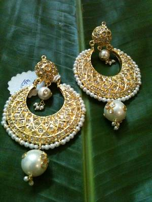 traditional golden heavy earring