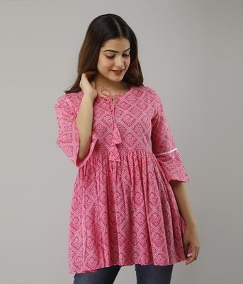 Women's  pink Cotton Bandhej Printed Top