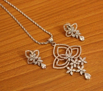 White Cubic Zirconia Pendants