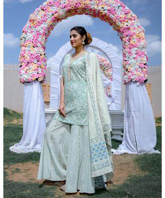 Green Kurta & Kali Sharara With Dupatta (Set of 3)