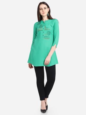 Green embroidered viscose short-kurtis