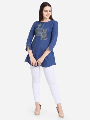 Blue embroidered viscose short-kurtis
