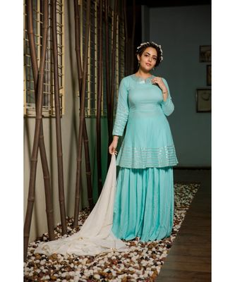 Exclusive turquoise suit set