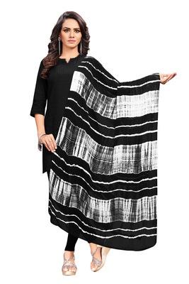 Black-Coloured Chiffon Shibori dyed Dupatta has no Border