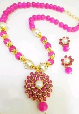 Pink pearl necklace-sets