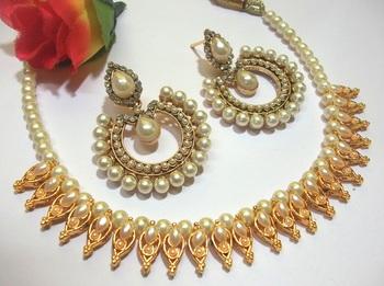 Pearl Tilak Polki Necklace Set