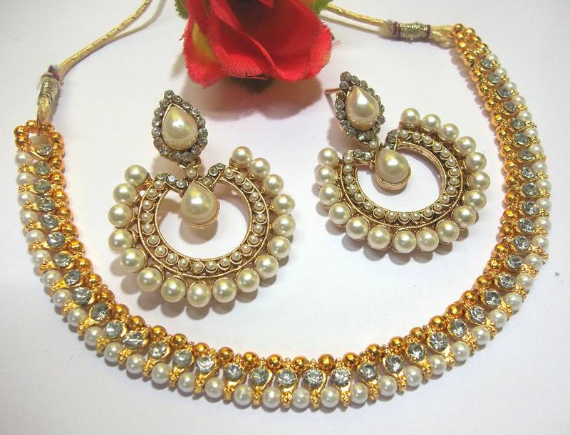 Buy White Stone Tilak Pearl Polki Necklace Set Online