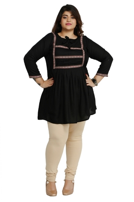 Black woven rayon short-kurtis