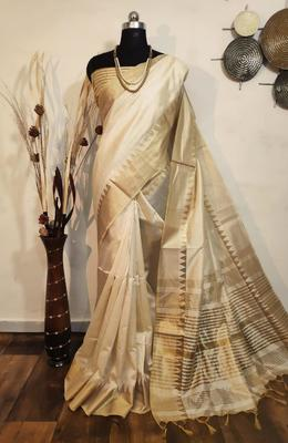 White woven raw silk saree with blouse