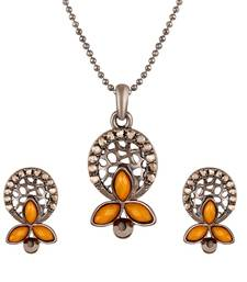 Graceful Silver Plated Pendant Set For Women
