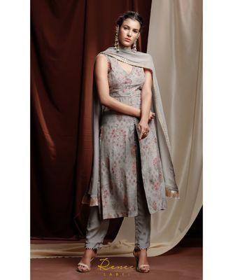 grey embroidered crepe kurta sets