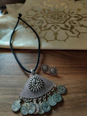 Triangle Black Ganpati Silver Plated String Necklace set