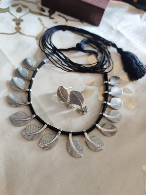 Black Leaf shaped  Necklace set
