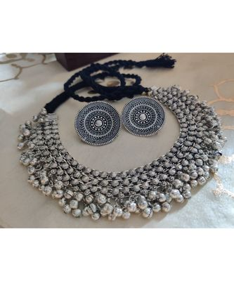 Gorgeous Choker Set silver plated women
