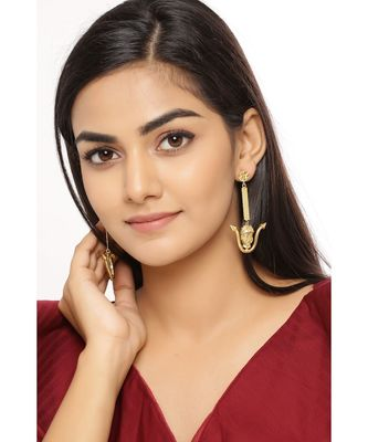 Ratan Sa earrings