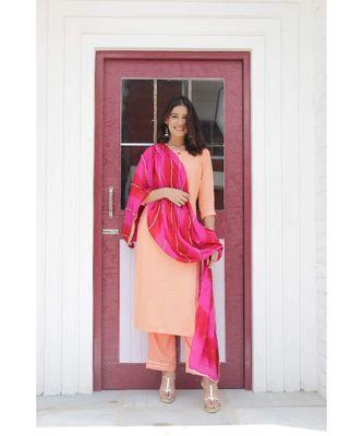 Peach & pink lehariya suit set.