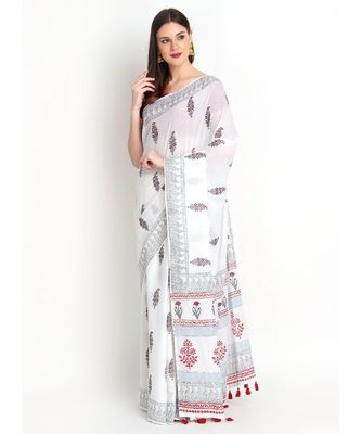 White Hand Block Printed Cotton Malmal Saree With Traditional Design & Red Tessels on Pallu