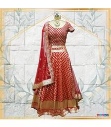 The gorgeous Lehenga is made in silk with handwork of gota pati and nalki work on the dupatta