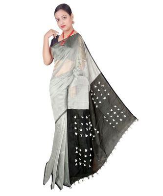 White Hand Weaving Work Cotton Silk Pom Pom Design Handloom saree With blouse